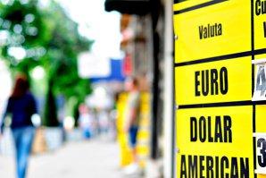 Leul românesc şi eurobondurile Bulgariei, cele mai mari scăderi din Europa de Est din cauza Greciei