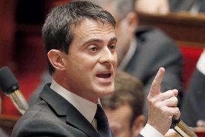 Manuel Valls, citat în instanţă pentru declaraţii controversate despre romi din România