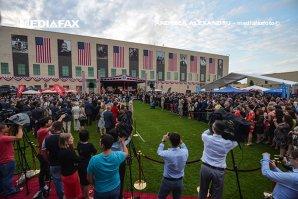 Mare surpriză la recepţia de Ziua Americii: cu cine a venit Vasile Blaga la Ambasadă