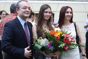 Ce medie a obţinut fiica cea mare a primarului Emil Boc la bacalaureat