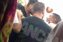 """IMAGINI ŞOCANTE într-un club de fiţe din Mamaia. Un politician celebru a sărit la bătaie după ce un angajat s-a comportat """"neplăcut"""" cu iubita sa"""