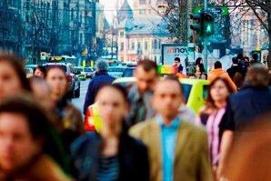 Suntem din ce în ce mai puţini: ce s-a întâmplat cu populaţia rezidentă a României într-un an