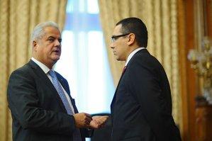 Finul lui Adrian Năstase şi un ministeriabil incompatibil, trimişi de Ponta la Bruxelles, în Consiliul Economic şi Social European