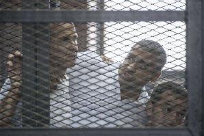 Trei jurnalişti Al-Jazeera, condamnaţi la trei ani de închisoare în Egipt. Cazul care a provocat un val de proteste în întreaga lume