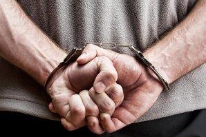 Timişorean acuzat că a luat bani ca să nu publice fotografii indecente, reţinut pentru şantaj