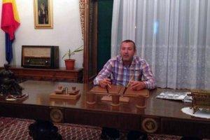 Viceprimarul comunei constănţene Tuzla, trimis în judecată pentru şantaj
