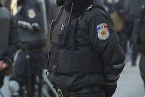Republica Moldova este în alertă. Poliţia a arestat mai mulţi indivizi, care ar fi dorit să preia controlul asupra unei închisori
