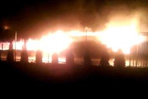 Un incendiu puternic a distrus parţial o pensiune din judeţul Arad