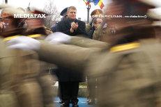 Primul 1 Decembrie cu Klaus Iohannis preşedinte. Cum s-a desfăşurat parada din Piaţa Constituţiei