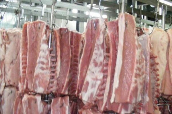 Carne veche de 40 de ani, vândută în Constanţa