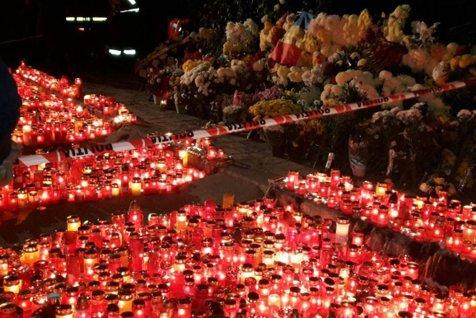 Mobilizare pe Facebook, la 4 luni de la incendiul din Colectiv: Oamenii, chemaţi la locul tragediei