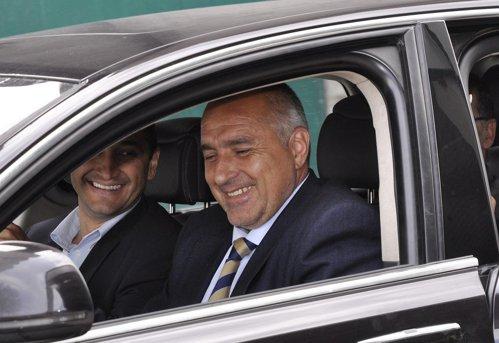 Premierul bulgar îl ia peste picior pe Iohannis: Vrem iahturi, turişti şi dragoste, nu fregate la Marea Neagră