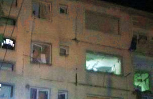 Dosar penal după explozia dintr-un bloc din Bistriţa. Un tânăr, în stare gravă