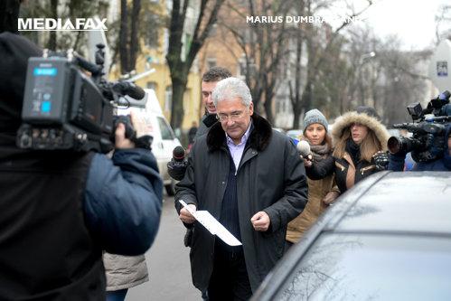 Adriean Videanu, anchetat din nou în dosarul privind terenul pentru Liceul Francez