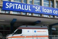 Un român, internat de urgenţă, după ce a mâncat fasole din conservă