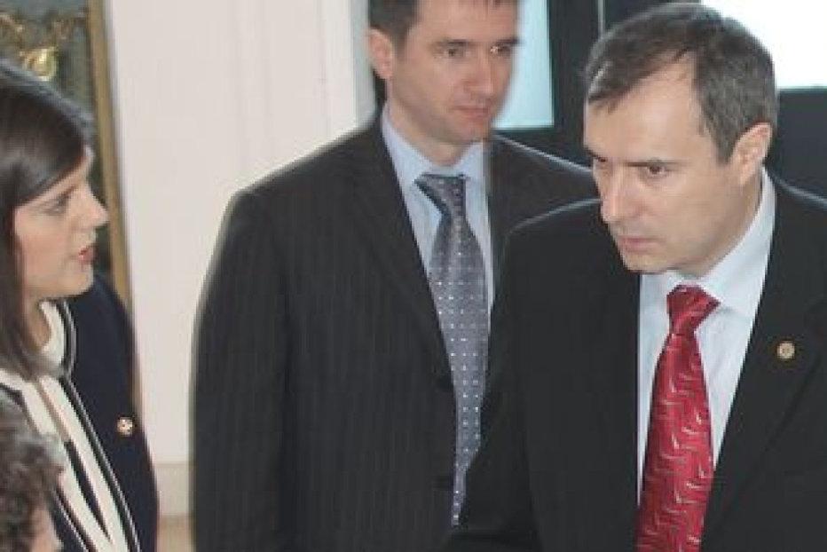 Băsescu, despre Kovesi şi Coldea: Nu avem un procuror general să îi ia pe toţi în noaptea asta?