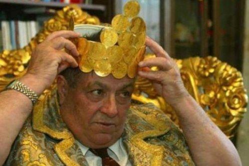 Împăratul Iulian al romilor a murit