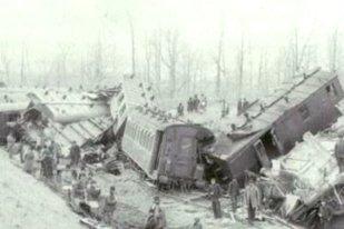 1.000 DE MORŢI după ce două trenuri s-au ciocnit lângă Iaşi. Este cea mai mare TRAGEDIE feroviară din istoria României