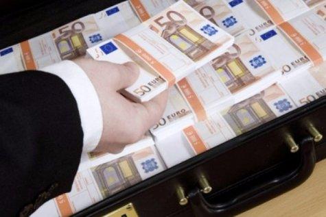 Un bucureştean a ascuns 150.000 de euro într-un loc în care nu credea că îi va găsi cineva. Cine a