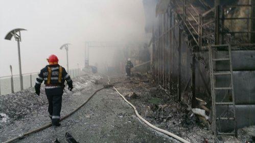 Incendiu la Clubul Bamboo din Capitală. 44 de persoane au ajuns la spital. Primărie: Clubul nu avea aviz de funcţionare. LIVE UPDATE