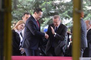 """Victor Ponta a depăşit orice limită. Mesajul său pentru dictatorul din Turcia înjoseşte o ţară întreagă: """"România nu este în măsură să dea lecţii"""""""