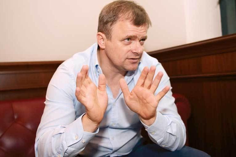 Fostul fotbalist Ioan Timofte, adus pentru a fi audiat într-un dosar de cămătărie