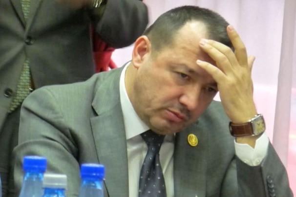 Deputatul ''gata să folosească'' AKM-ul, audiat de procurori
