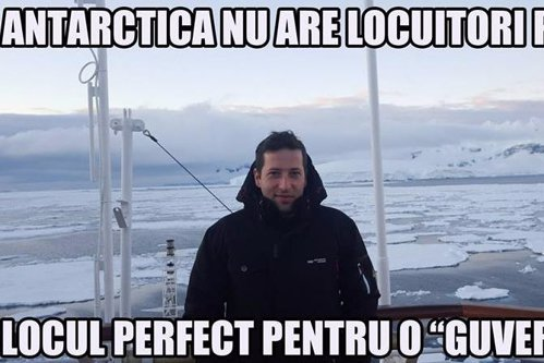 "Protest printre pinguini: un român din Antarctica s-a solidarizat cu ""Piaţa Victoriei"""