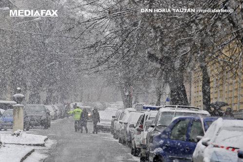 Iarna în aprilie. ANM: Temperaturi sub ZERO GRADE în Bucureşti. COD PORTOCALIU de ninsori abundente în 5 judeţe. UPDATE