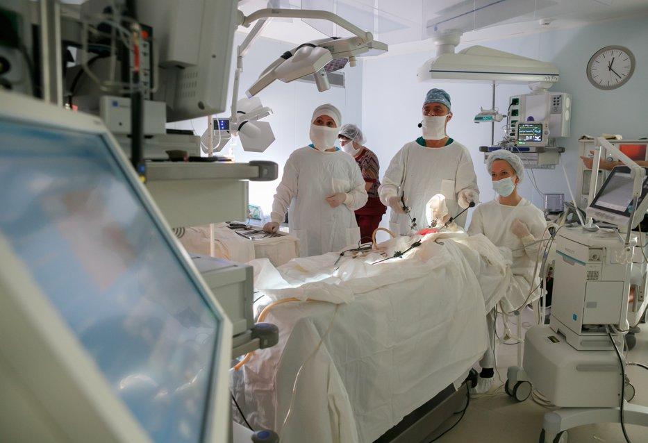 Percheziţii DIICOT la clinica Lukmed şi la Institutul de Transplant Renal din Cluj