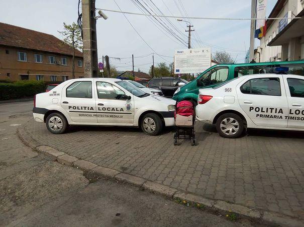 De ce a fost dublată amenda aplicată poliţiştilor din Timişoara care au parcat pe trotuar