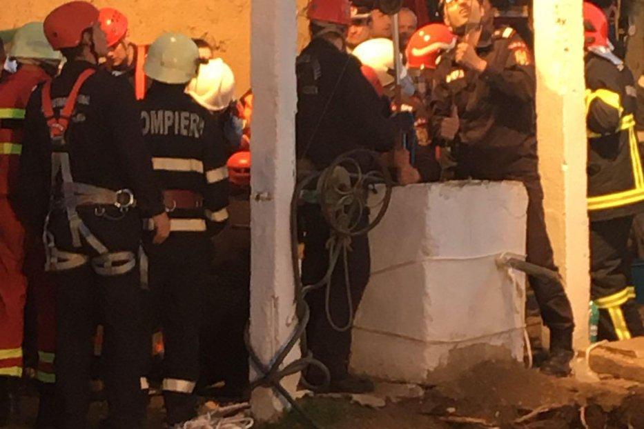 """""""Bravo, băieţi!"""". Mesajul lui Dragnea, pentru pompierii care au salvat copilul căzut în puţ"""