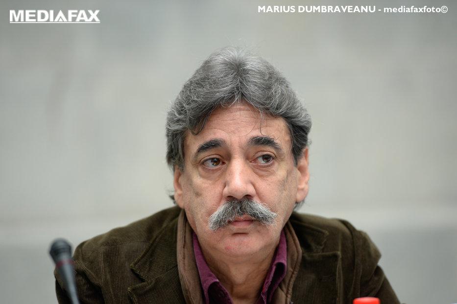 """Sociologul Mircea Kivu recunoaşte că a semnat angajament cu fosta Securitate. """"Nu găsesc alt resort decât laşitatea"""""""