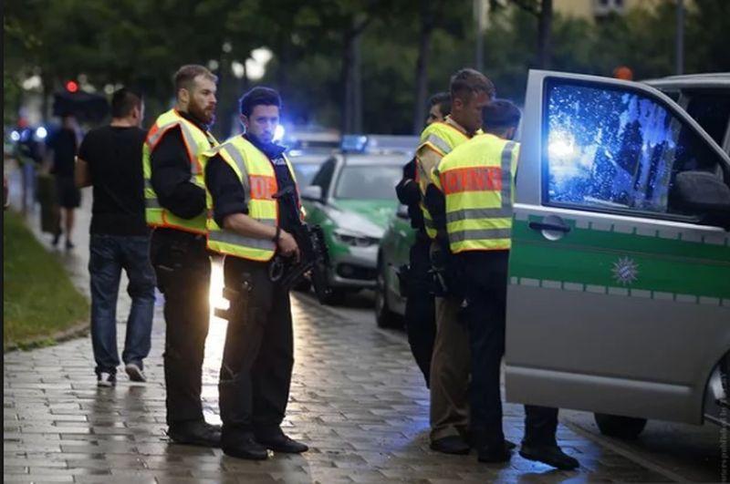 Un român a fost rănit în atacul din Munchen. Anunţul MAE