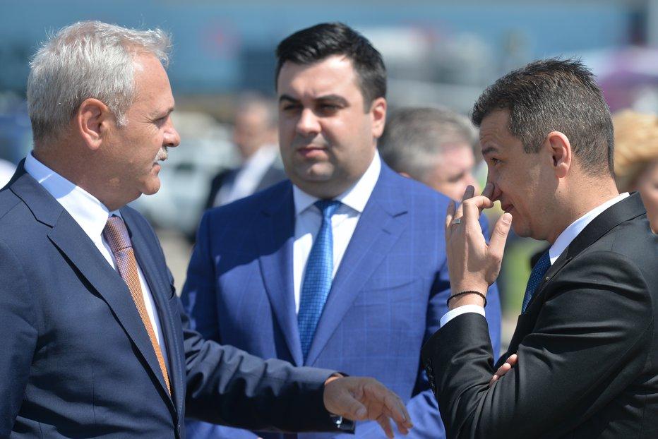 PSD îl exclude pe Grindeanu şi depune moţiune de cenzură. Dragnea: Un grup ilegitim a ocupat Palatul Victoria. UPDATE