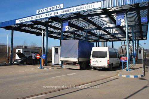 Descoperire incredibilă în camionul unui ceh oprit de vameşii români. VIDEO