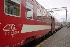 Tren cu 300 de pasageri, blocat în câmp peste o oră din cauza unei defecţiuni