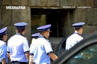 DECIZIE ŞOC anunţată de Ministerul de Interne. Toţi poliţiştii din România vor avea DREPTUL SĂ TRAGĂ în aceste NOI CONDIŢII. Anunţul FĂRĂ PRECEDENT a fost făcut chiar de ministru