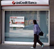 Atac cibernetic asupra unei bănci importante. Conturile a 400.000 de clienţi au fost afectate