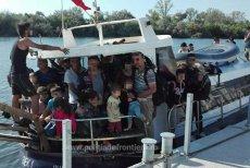 Ambarcaţiune cu aproape 70 de imigranţi la bord, oprită lângă Mangalia