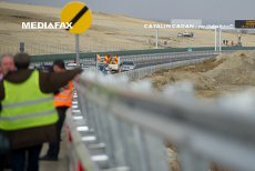 """După """"o dezamăgire"""", Guvernul anunţă PLANUL B pentru cea mai aşteptată autostradă din România. Ministru: """"Dacă nu se vor încadra în termen, vom încheia contractul cu ei"""""""