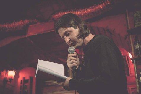 A murit scriitorul Mircea Ţuglea