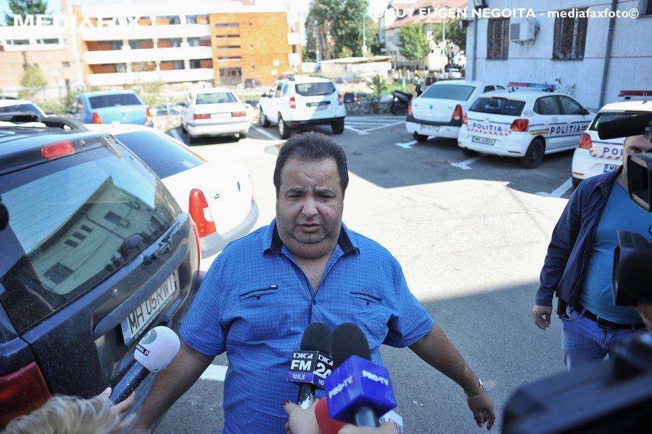 """Regele autointitulat al romilor, Dorin Cioabă, a fost reţinut de poliţie: """"Cred că este un abuz făcut"""""""