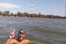 Nou record mondial. Cum a străbătut Dunărea înot bibliotecarul Avram Iancu.