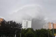 """Fenomenul instantaneu care provocat furtuna devastatoare de la Timişoara. Director ANM: """"Poate fi denumit un mezociclon"""""""