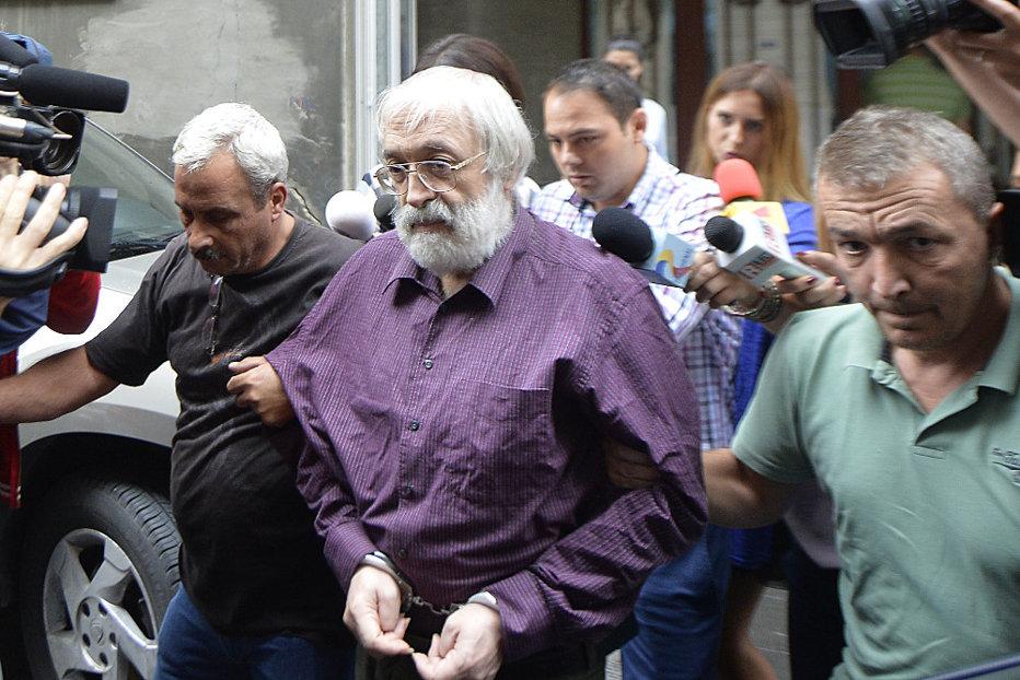 La doar o săptămână de la eliberarea din închisoare, Gregorian Bivolaru, dat în urmărire internaţională