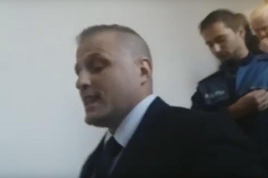 """Scandal la Opera din Cluj. Extremiştii de la Noua Dreaptă au întrerupt un spectacol şi au intonat """"Deşteaptă-te, române!"""