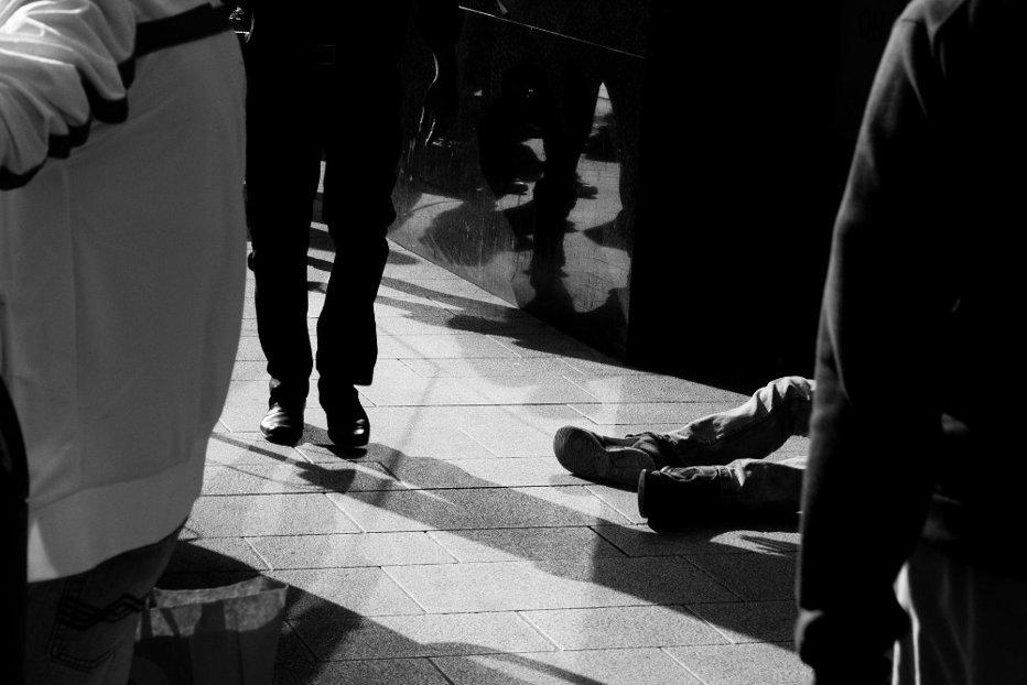 Anchetă la Brăila, după ce un elev de liceu a încercat să se sinucidă în timpul orei de curs