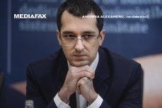 MagiCAMP, ONG-ul condus de Vlad Voiculescu, a fost jefuit. Ce au furat hoţii de la asociaţia fostului ministru