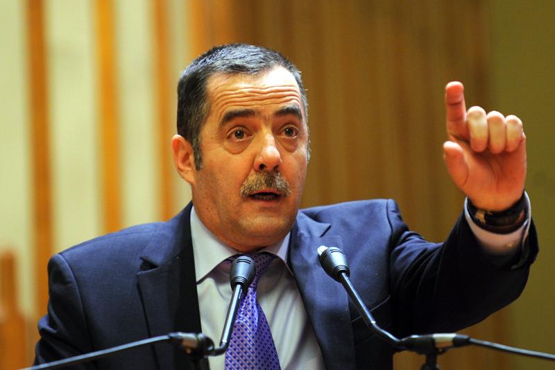 Fostul ofiţer SRI Daniel Dragomir cere arestarea lui Cezar Preda